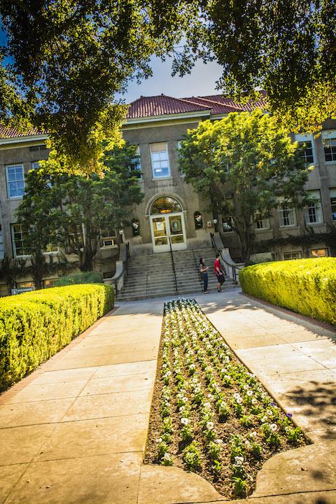University of La Verne Student Center